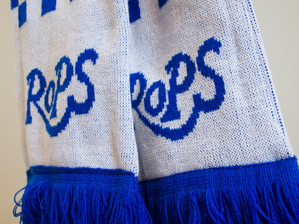 RoPS scarf